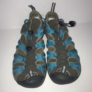 Keen Whisper sandals size 9